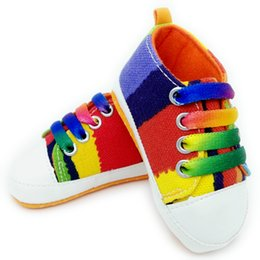 Wholesale High quality baby First Walkers shoes girls boys fashion rainbow canvas shoes soft prewalkers casual baby shoes