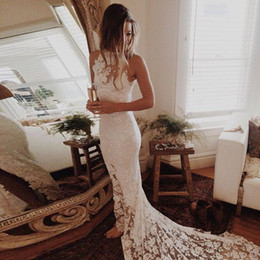 Gorgeous Lace Wedding Dresses Jewel Neck Sleeveless Sexy Split Backless Wedding Gowns Beach Bridal Dresses Chapel Train