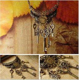 Women Vintage Retro Bronze Keys Pendant Necklace Long Sweater Chain Jewelry H210997