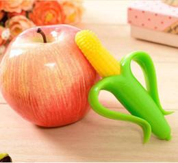 Wholesale High Quality And Environmentally Safe Baby Teether Teething Ring Banana Silicone Toothbrush Chupeta