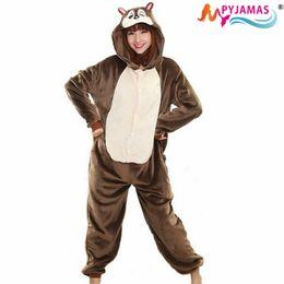 Wholesale 2015 Chipmunk Unisex Adulto Flanel Pajama Volkswagen Cosplay Dibujos animados Onesies Nachtkleding Pinguin Voor Vrouwen Mannen