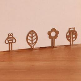 Wholesale 100pcs Mini Metal Bookmark Clips Cute Cartoon Animal Flower Cartoon Plated Sliver Bookmarks Book Line Marker Papelaria