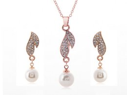 Wholesale HOT women Jewelry Sets Earring Necklace Crystal Rhinestone Pearl Earrings & Necklace Wedding Party Gold White K FREE SHIPPING