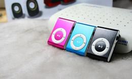 Acheter en ligne Le sport pc-10 pièces par lot Livraison gratuite par POST Lecteurs mp3 colorés bon marché de sport avec l'écouteur, câble d'USB