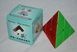 Descuento dayan juguete cubo de mayor-DaYan Pyraminx Stickerless magia DaYan Pyraminx velocidad completa del color cubo Nuevo juguete