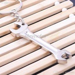 Wholesale Metal Adjustable Creative Tool Spanner keyring keys car KeyChain for the keys stainless steel wrench chain for key chain