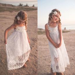 Vintage Bohemian Lace Flower Girl Dresses Maxi Scoop Neck Appliques Handmade Flower Long Kids Formal Wear for Wedding Party Custom Made
