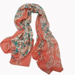 Malaisie Designer de gros femmes de la mode d'impression de fleurs en coton viscose femmes corail écharpe automne enveloppe 10pcs / lot taille 90x180cm à partir de foulards en coton de marque de gros fabricateur