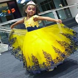 Descuento cenicienta niños vestido del partido 2016 Amarillo y Azul Real Lace Little Flower Vestidos Niñas Partido Nupcial Cenicienta Princesa Estilo Vestidos de Baile para Bodas