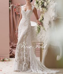 2016 fashion Vintage Sweetheart Cap Sleeves Appliqued Lace backless Champagne Wedding Dresses