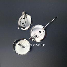 2017 m seguridad Base de la broche de DIY, 20m m 100pcs / lot, accesorios de la broche con el clip y el uso del Pin de seguridad para la joyería del broche y del pelo m seguridad baratos