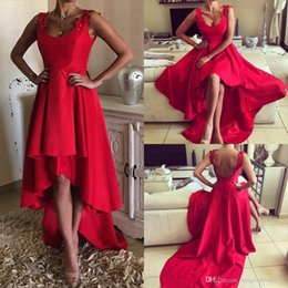 Chic Red African Prom Dress Backless A-Line Scoop Appliques Ruffled Hi-Lo Evening Dresses with Ruffle Skirts Formal Gowns Wear