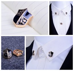 Retro pattern Shield paint points brooch shirt collar corner jewelry men and women dress suit collar pin buckle brooch