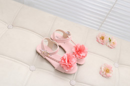 Wholesale 2016 Summer new product Girls The princess sandals pink baby students three colour flower girl shoes