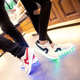 2017 Men Unisex Led Shoes For Adults Spring autumn Luminous Lamp Lace-up Lights Casual Grow Shoes Zapatillas Led Hombre