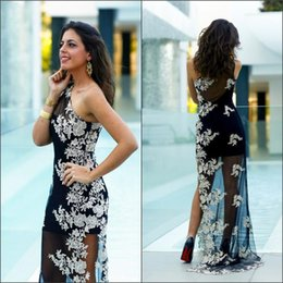 2016 Thigh-High Slits Evening Dresses Sheath One Shoulder Sweep train Applique over Tuller Sleevelesses Prom Gowns