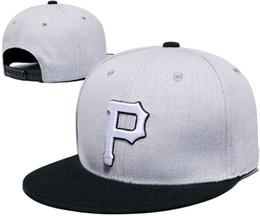 Compra Online Los sombreros de los hombres-Nueva llegada casquillo bordado Pittsburgh piratea el béisbol sombrero ajustable para hombres con protección solar absorbe el sudor con la caja de la LH