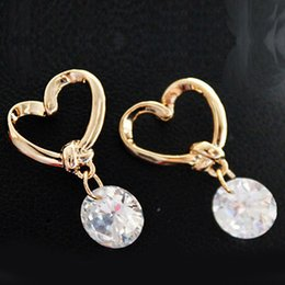 Wholesale New Fashion Lovely Women Anti allergic Heart Zirbon Crystal Ear Stud Earrings Gift Girls New Arrival