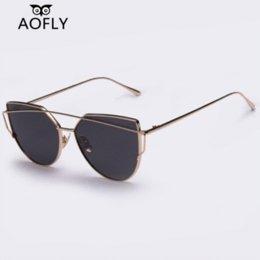 Gafas de sol de color rosa en Línea-AOFLY Mujeres del gato gafas de sol del ojo de los vidrios de las señoras marca con Twin-vigas de sol vidrios del espejo del ojo de gato rosado femenino gafas de sol UV400