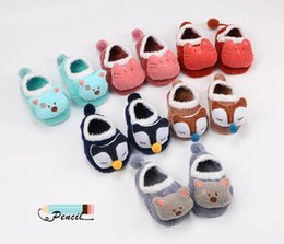 Wholesale Lovely Cute Warm Fuzzy Socks Beautiful Cartoon Fox Cat Bear Embroidered Design for Baby Winter Socks Lovely Baby Kids towel Socks T