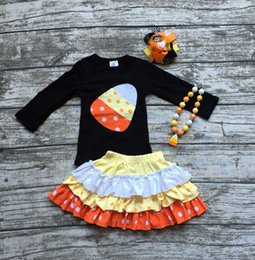 Wholesale girls clothing halloween boutique outfits baby girls candy corn top with skirts girls Halloween party clothes with accessories