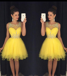 2016 New Cocktail Dresses Bling Crystal Beads Illusion Neck Yellow Tulle Short Mini Homecoming Dress Formal Party Dress Prom GownsFor Women