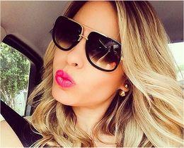Newest Unique Women Sunglasses Square Glasses Vintage Big Frame Sun Glasses Acetate Shades Gradient Eyeglasses UV400