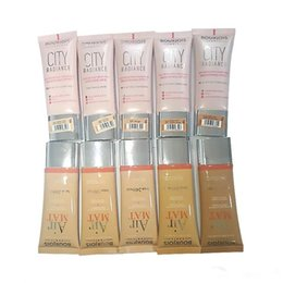 Wholesale New Makeup City Radiance Foundation Air Mat Foundation Skin Protecting ml SPF30 top quality best price