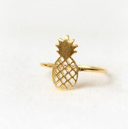 Fashion hollowed-out pineapple pineapple ring 18 k gold plated ring shape design festival best gift for women