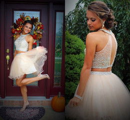Open Back Tulle Short Homecoming Dresses Crystal Beaded Two-Piece Short Prom Dresses White Ivory Champagne Party Dresses Sweet 16 Dresses