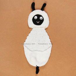 Compra Online Cute baby accesorios de fotografía-Fotografía determinado del bebé recién nacido fotografía apoya lindo ovejas 510x220mm de diseño de prendas de vestir hechas a mano de ganchillo Beanie Baby Traje blanco