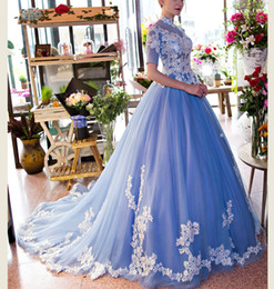 light blue flower embroidery collar ball gown venice medieval dress Renaissancequeen dress Victorian cosplay ball gown Belle