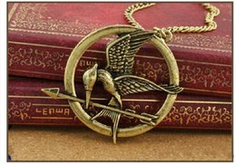 Wholesale 2016 Fashion The Hunger Games Necklaces In Stock Inspired by Jennifer Lawrence Mockingjay And Arrow Pendant Necklace Link Chain