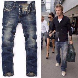 Wholesale High Quanlity men famous brand blue denim designer high quality ripped jeans for men classic retro David Beckham same paragraph