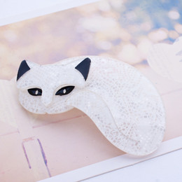 Wholesale New Design Mistigris The Sleeping Cat Pin Lovely Animal White Black Cat Brooches Up Collar Tips Epaulette Brooch Christmas Gifts Hot Selling