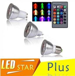 Para la Navidad iluminación RGB LED Bombillas E27 E14 B22 GU10 MR16 3W llevó los proyectores de control remoto que cambian varios Color 24keys desde focos de colores fabricantes