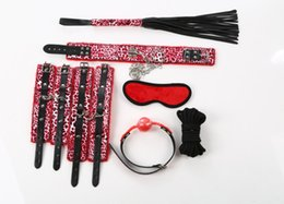 Mask play sex en venta-NUEVAS herramientas adultas del producto del sexo 7pcs / set Juego del papel Cuero del Faux BDSM Esclavo Bondage Kit Máscara Ball Gag Foot Mordazas Sex Toys Games