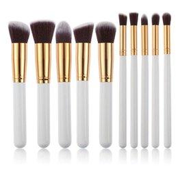 AMarkUp Makeup Brush Set Premium Professional Kabuki Face Powder Blending Blush Eyeliner Powder Cosmetics Brushes Kit