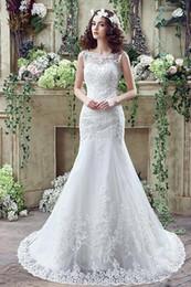 2016 New Round Neck Sheathed White Mermaid Wedding Dresses Luxurious Beaded Lace Applique Wedding Dress Long Tail Bride Wedding Robe