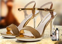 Wholesale 2016 summer new European and American high heeled sandals female waterproof word buckle sandals round toe shoes leak