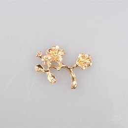 24pcs lot wholesale leaf brooch pins love wedding jewelry pins and brooches for women flower kampanula -chehol broches MYQB111
