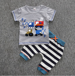 Wholesale New Arrivals baby boys casual summer clothing set kids boys truck t shirt trousers clothing sets children stripe letter set