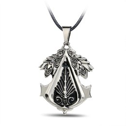 Hot!Assassin's Creed 2 Metal Pendant Necklace New Arrival Game Cosplay Gear Pendant Necklace Fashion Jewelry Gifts Accessories