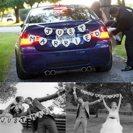 Wholesale JUST MARRIED Wedding Banner Party Decoration Bunting Garland Handmade Decorative Wedding Sign Cards