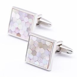High Quality Pink Shell Cufflinks For Men&Women Trendy Jewelry Shirt Button CuffLinks Brand Popular Cufflinks Accessories 990016