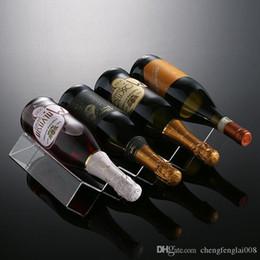 2016 Alta calidad Nuevas cajas de almacenaje plásticas claras Estantería de acrílico 4 botellas Estantes de vino Sostenedores de vino Soportes de vino LArge Volum desde bastidores de almacenamiento de vino proveedores