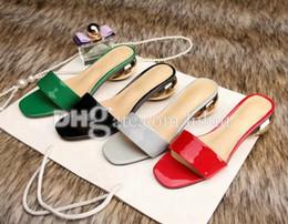 La conception de chaussures de couleur en Ligne-Les chaussures à chaussures personnalisées les plus haut de gamme, la conception unique de couleurs, la diversité, les sentiments romantiques théâtrés et ornés.