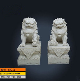 Wholesale Resin Consecrating feng shui ornaments one pair of sandstone lion Beijing palace outdoor lions defends from evil crafts