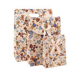 Sacs de cadeau de papier imprimé plein couleur personnalisés avec la poignée découpée pour le mariage et le parti Sacs de sacs de papier recyclé 100% Bienvenue Commandes OEM à partir de impression sac de transport fabricateur