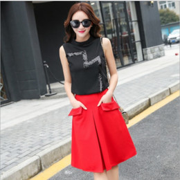 Wholesale New Arrival Women Summer Best Sale Clothing Women Korean Style Fashion Number Sequined Outfit Sleeveless T shirt And Skirt